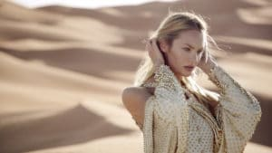 candice-swanepoel-for-dahlia-divin-by-givenchy